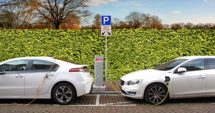 Elektrische Auto's aan Laadpaal