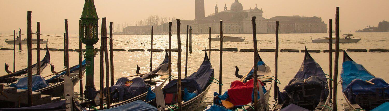 Italië Venetie Gondels San Marco