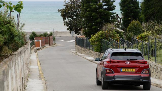 Review AutoWeek Elektrische Auto naar Noord-Spanje