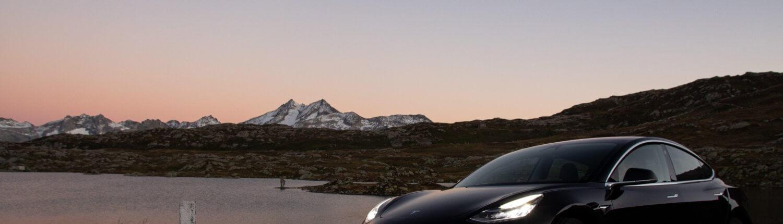 Laadpaalfiles voor Tesla's richting Wintersport