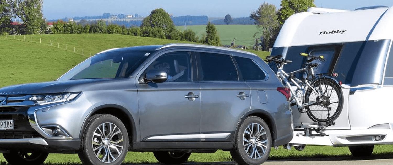 Mitsubishi Outlander met Caravan buitenland