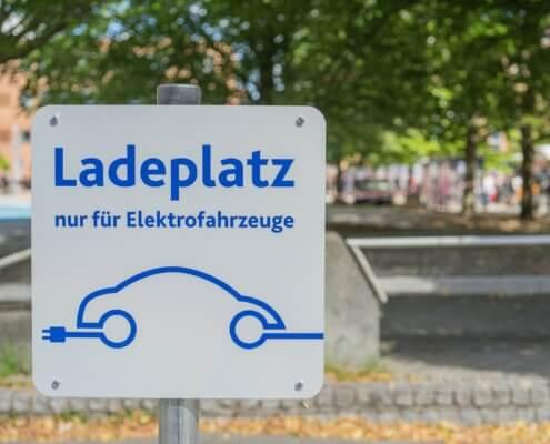 Laadpalen in Duitsland - groei van 60%