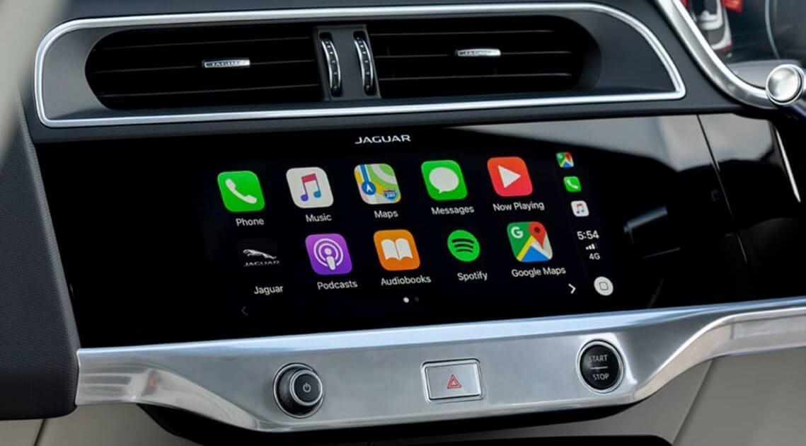 Apple CarPlay in Jaguar I-Pace