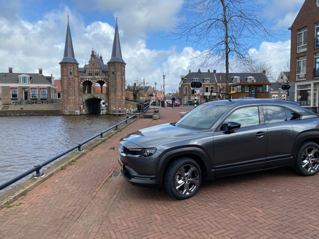 Elektrische auto naar Sneek - de Waterpoort