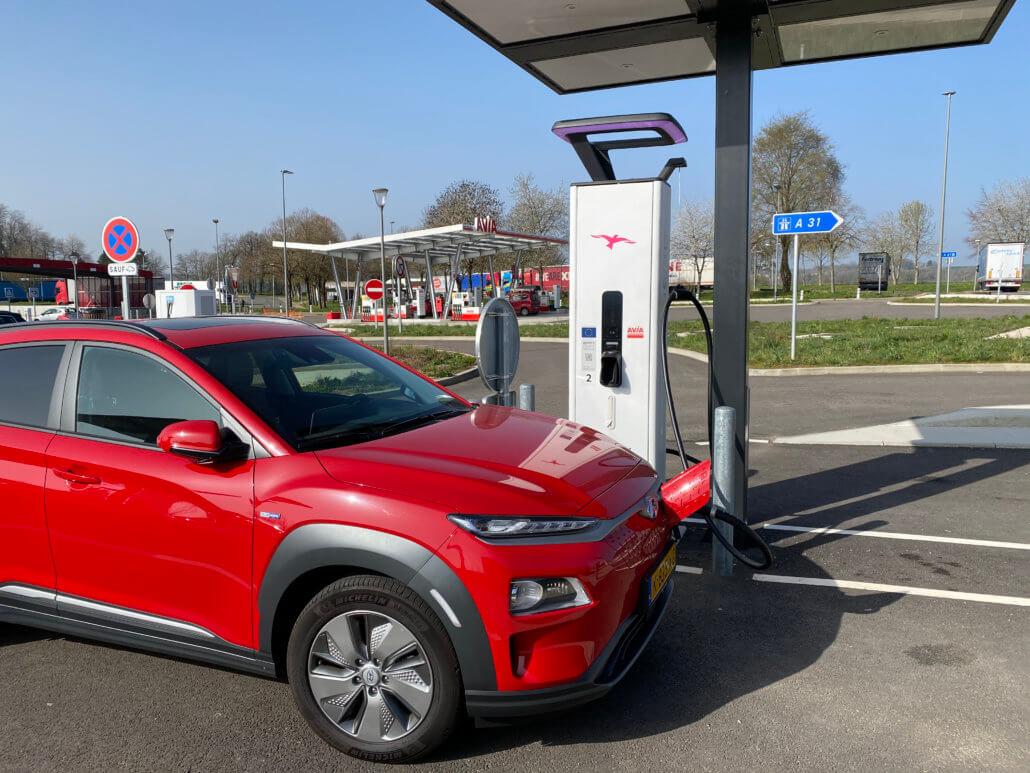Hyundai Kona Electric - Elektrische auto Route du Soleil rijden