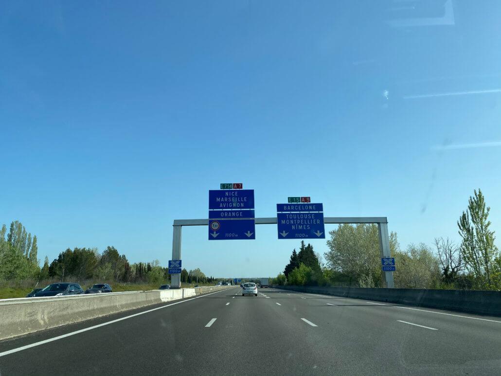 Route du Soleil met elektrische auto - splitsing A7 en A9 Zuid Frankrijk