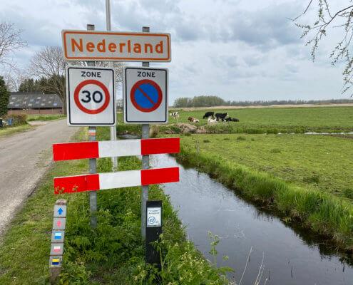 Tour langs buitenlandse plaatsen in Nederland