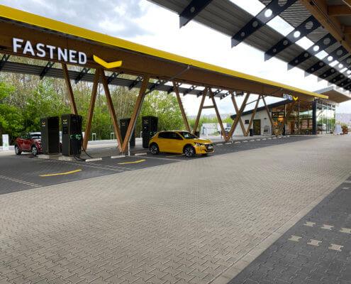 Het grootste laadstation van Duitsland Kreuz Hilden