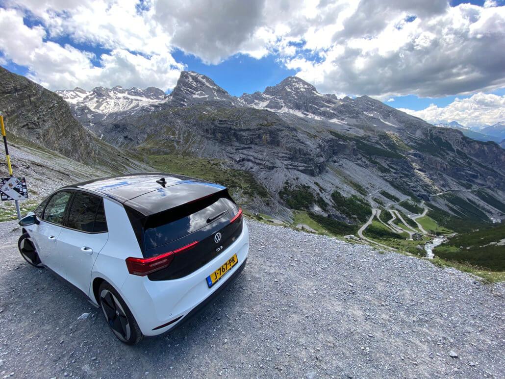 Elektrische auto Stelvio pas rijden - Volkswagen ID.3