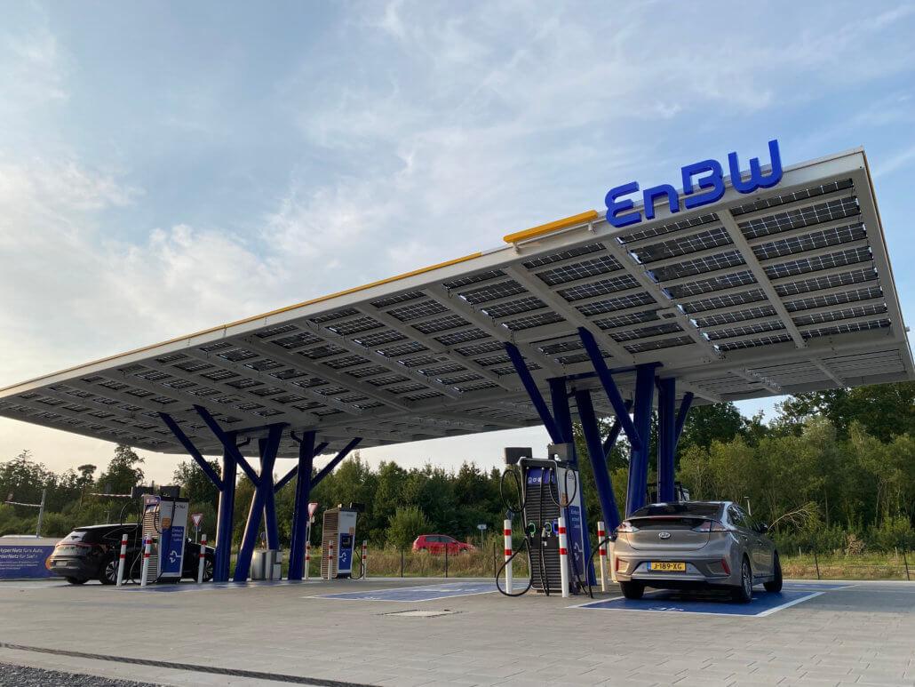 EnBW snellaadstation langs A8 in Duitsland
