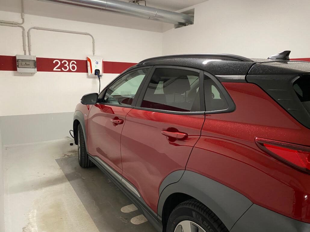 Hyundai Kona Electric opladen onderweg
