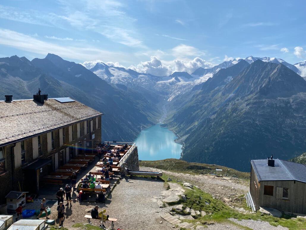 Uitzicht vanaf Olpererhütte op de Schleigeis Stausee